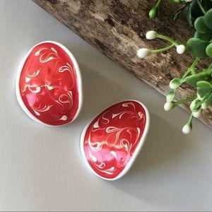 Red & White Painted Swirl Pierced Earrings